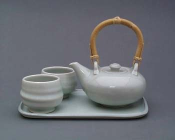 teaset_whitecrackle